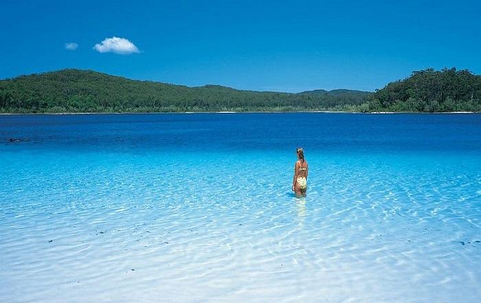 Bãi tắm Lake McKenzie