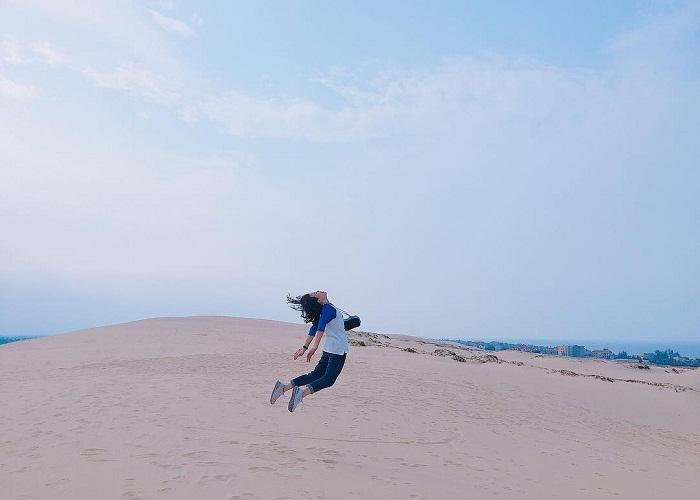 Đồi cát Bàu Trắng