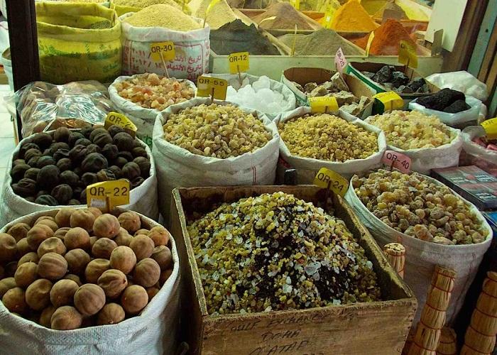Hạt và hoa quả sấy