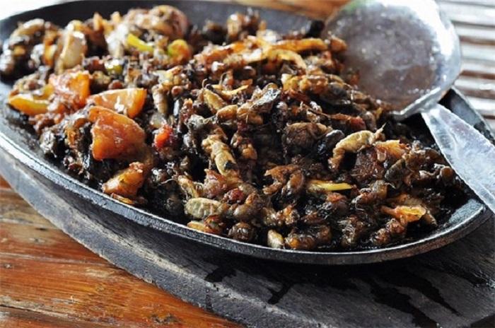 Món ăn từ côn trùng cực kì bổ dưỡng ở Philippines