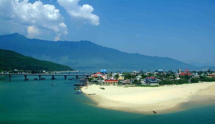 Kinh nghiệm du lịch vịnh Lăng Cô mùa hè chi tiết nhất - Kinh ...