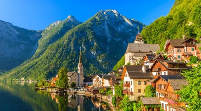 Du lịch tới Làng Hallstatt bức tranh thiên nhiên đầy màu sắc của nước Áo