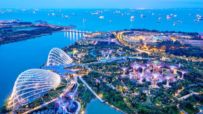 Kết quả hình ảnh cho gardens by the bay singapore