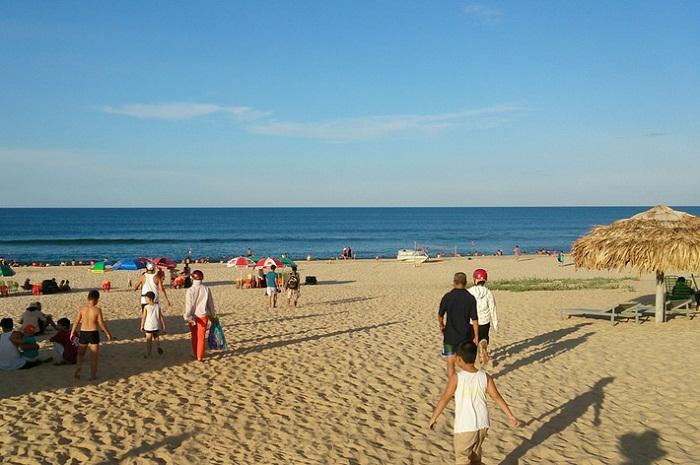 Hướng dẫn cách đi du lịch biển Nhật Lệ từ Hà Nội
