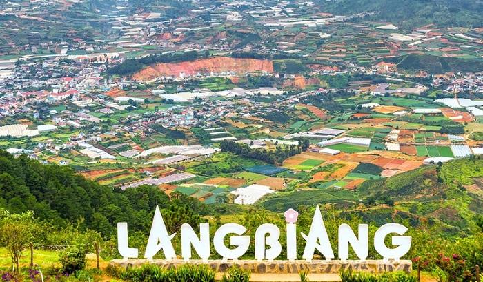 Kinh nghiệm du lịch Langbiang – nóc nhà của thành phố  Đà Lạt