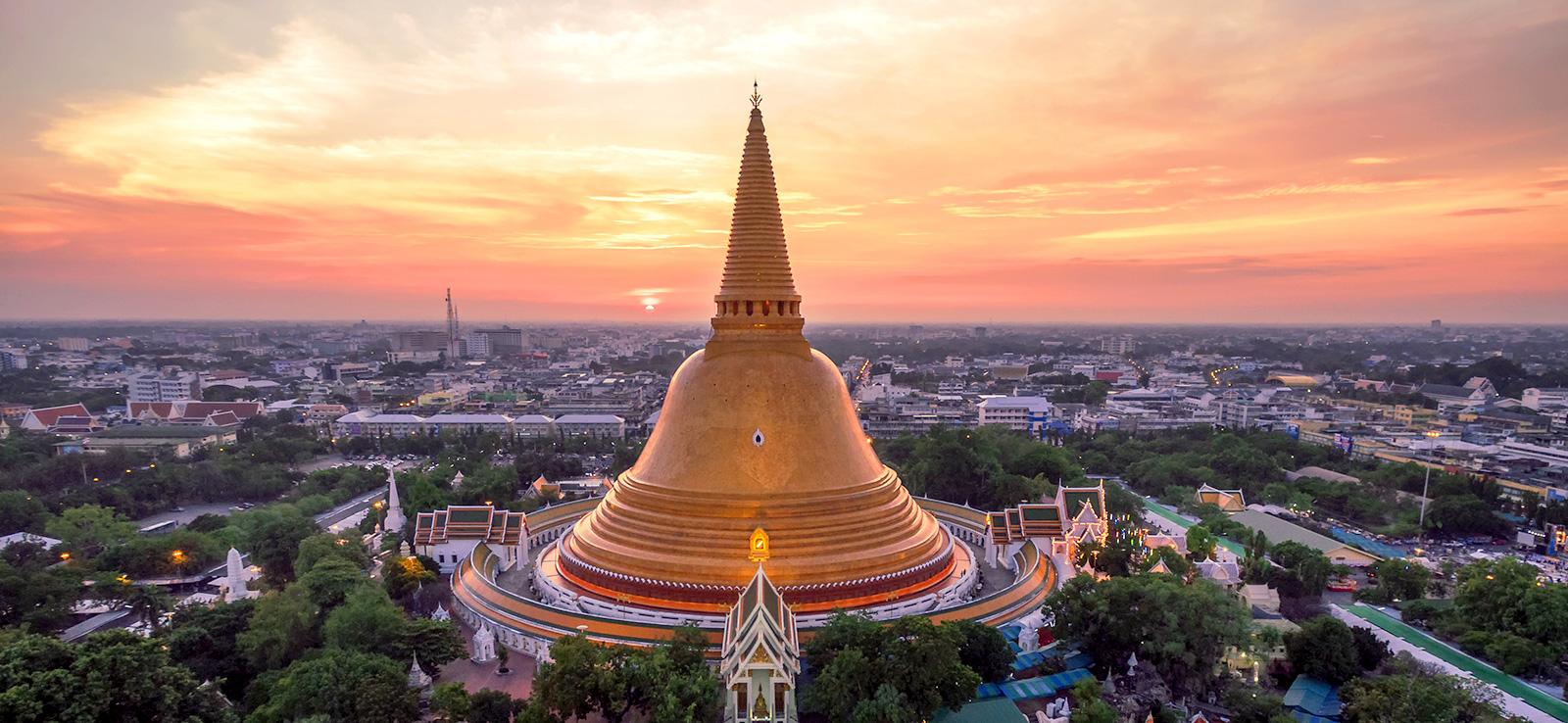 Tòa phật tháp cao hạng nhất thế giới ở thị trấn Nakhon Pathom