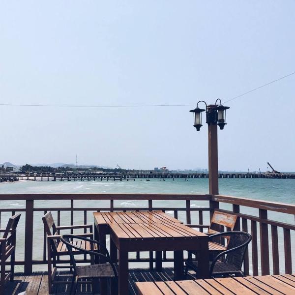 Một quán ven biển Hua Hin với khung cảnh tuyệt đẹp