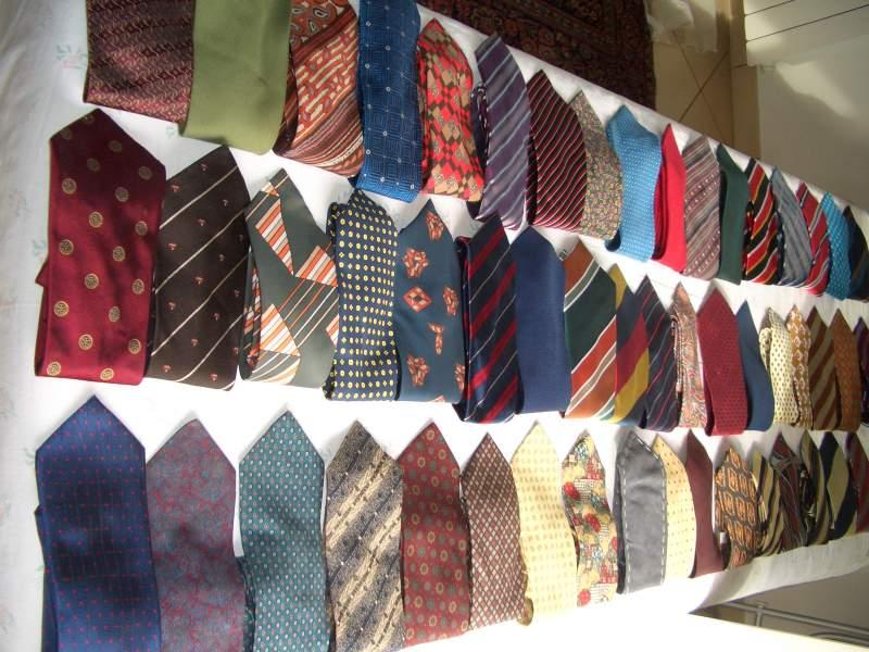 Cà vạt ở Malaysia, nên mua gì ở malaysia