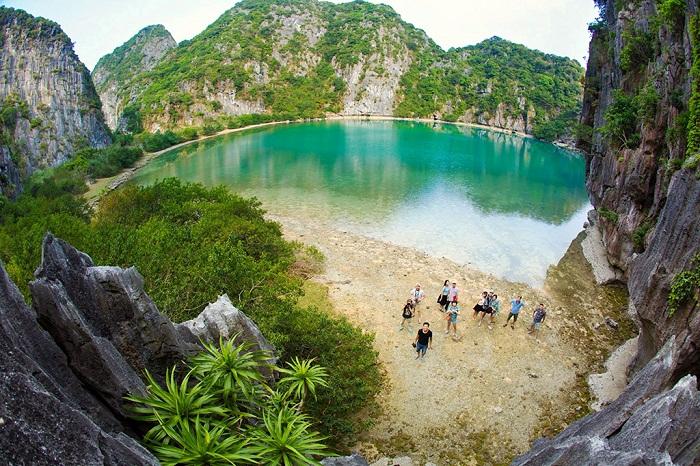Kinh nghiệm du lịch đảo Mắt Rồng – hòn ngọc quý của Quảng Ninh