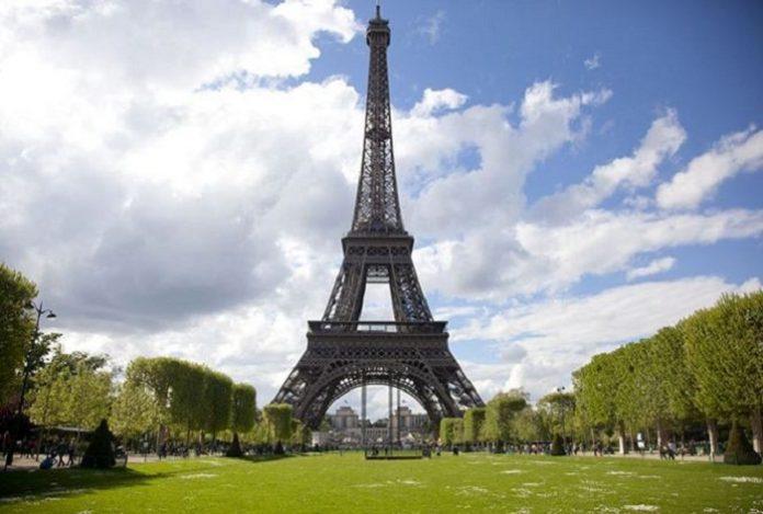 kinh nghiệm tham quan tháp Eiffel