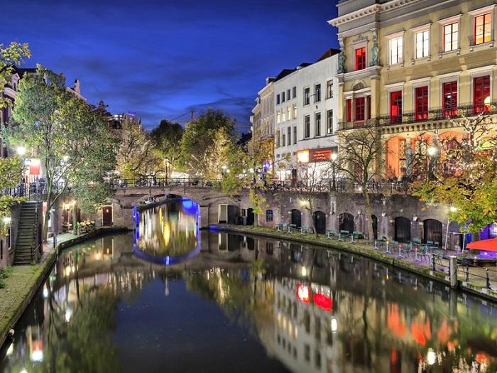Kinh nghiệm du lịch Utrecht – thành phố cổ kính và yên bình của Hà Lan
