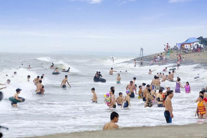 Kinh nghiệm du lịch biển Hải Thịnh tại Nam Định: Đi khi nào? Ở đâu? Chơi gì?