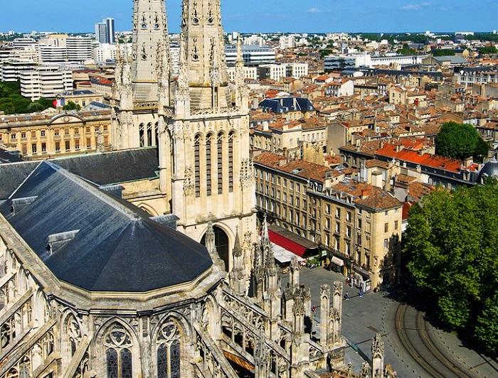 Kinh nghiệm du lịch Bordeaux – thành phố rượu vang nổi tiếng của Pháp