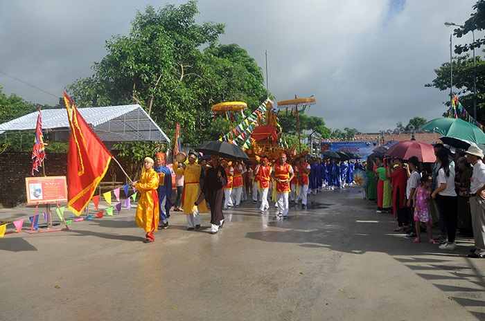 Lễ hội đình Trà Cổ diễn ra vào tháng 6 âm lịch hàng năm