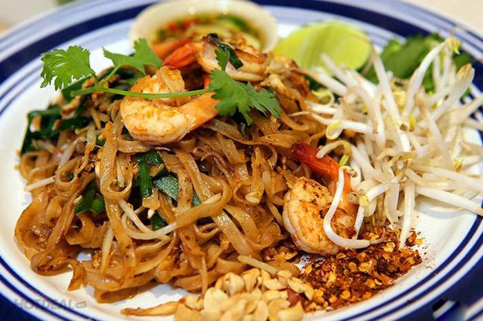 Pad Thái là một trong những món ăn phổ biến ở Thái Lan