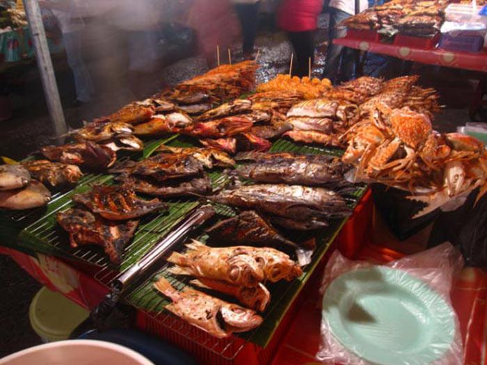 Đến Kota Kinabalu nhất định phải ăn hải sản