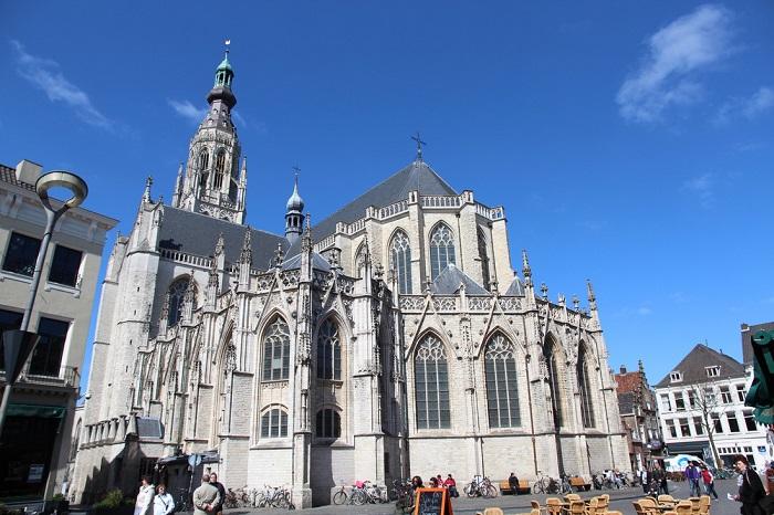 Nhà thờ Grote Kerk