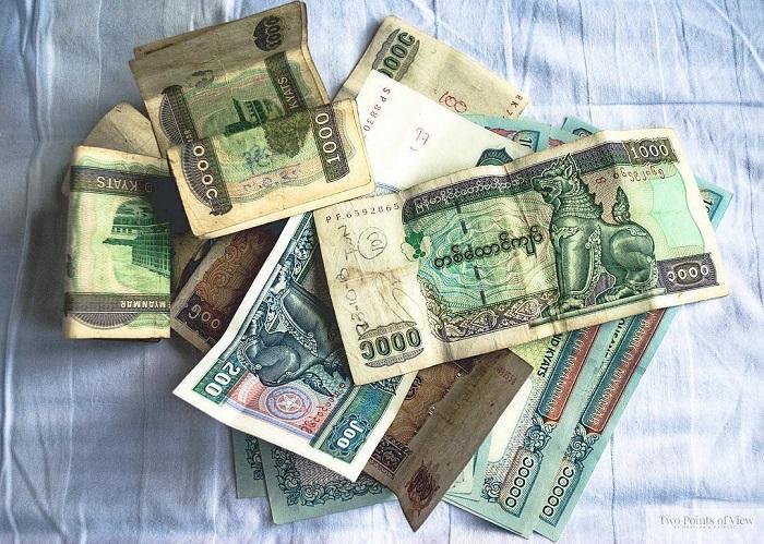 Bạn phải đổi tiền Myanmar trước