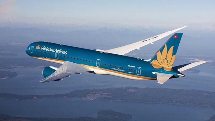 Có thể chọn hãng Vietnam Airlines để bay tới Myanmar