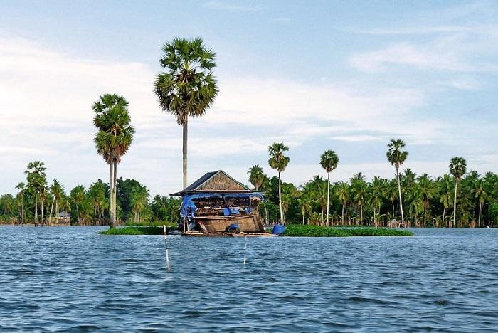 Hồ Tanado