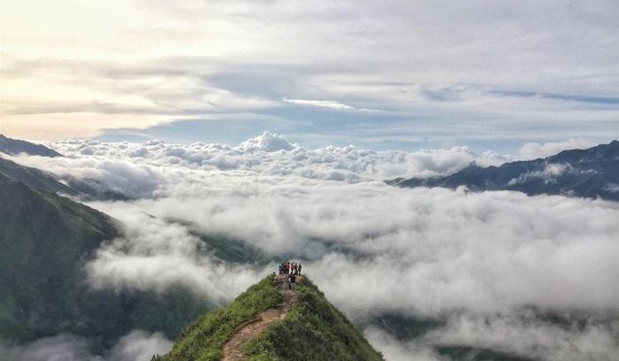 """Kinh nghiệm du lịch Tà Xùa – địa điểm """"săn mây"""" lý tưởng tại Sơn La"""