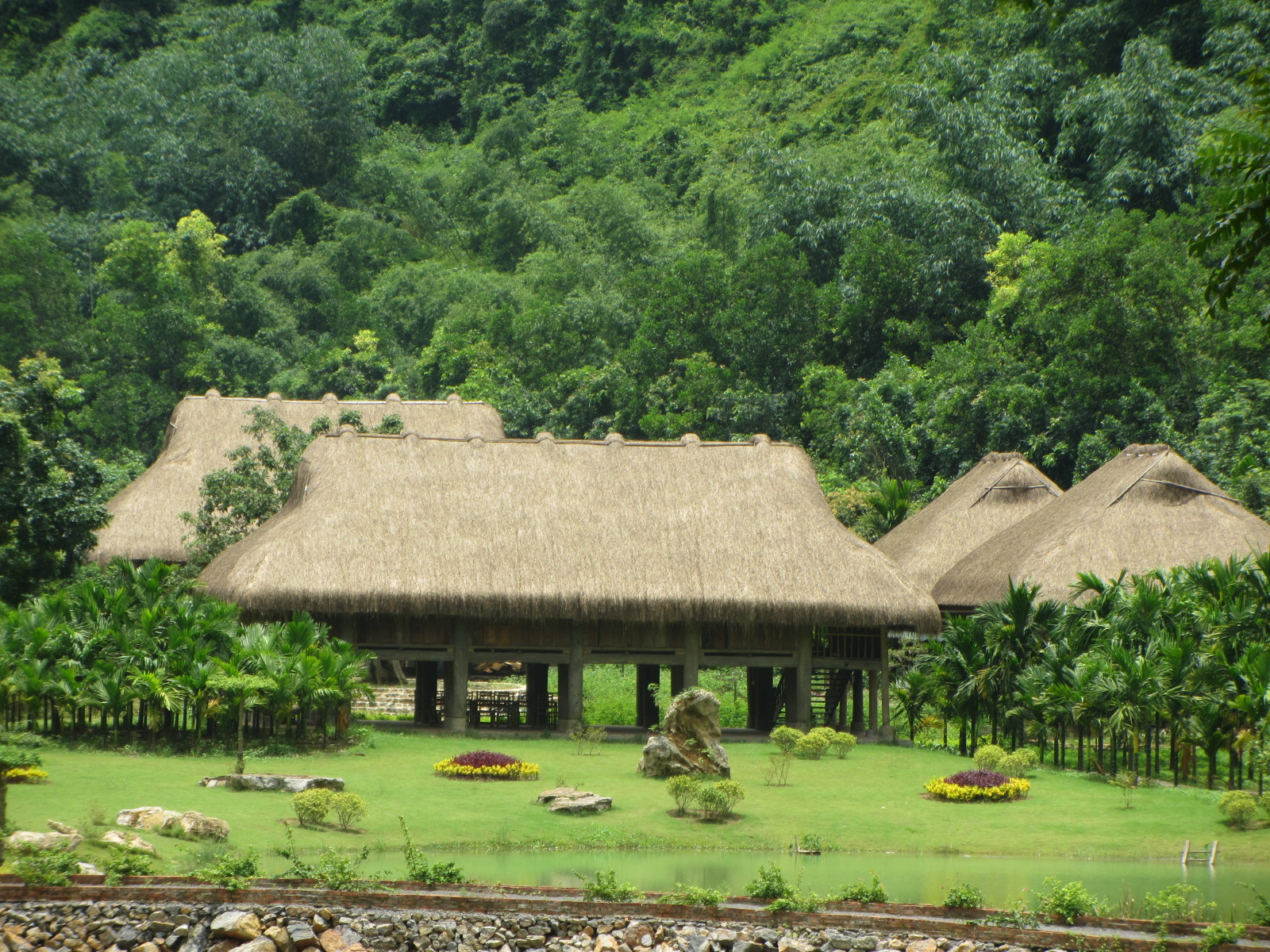 Kinh nghiệm du lịch Thung Nham – điểm đến hấp dẫn tại Ninh Bình
