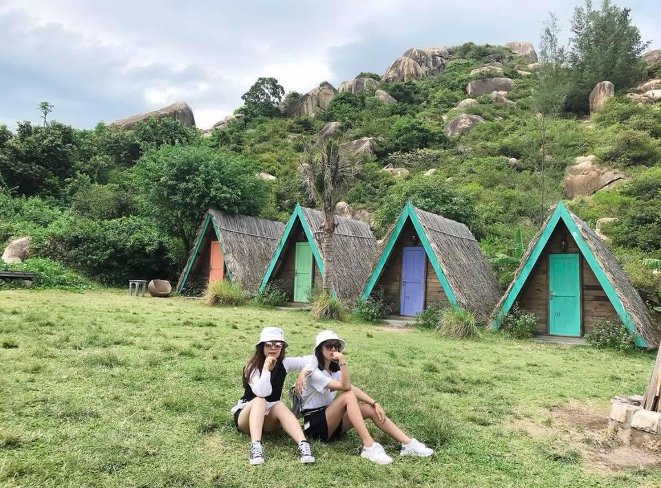 Những chiếc lều nhỏ nhắn và xinh xắn tại khu dã ngoại Trung Lương