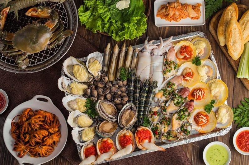 Rất nhiều món hải sản thơm ngon hấp dẫn đang chờ bạn thưởng thức