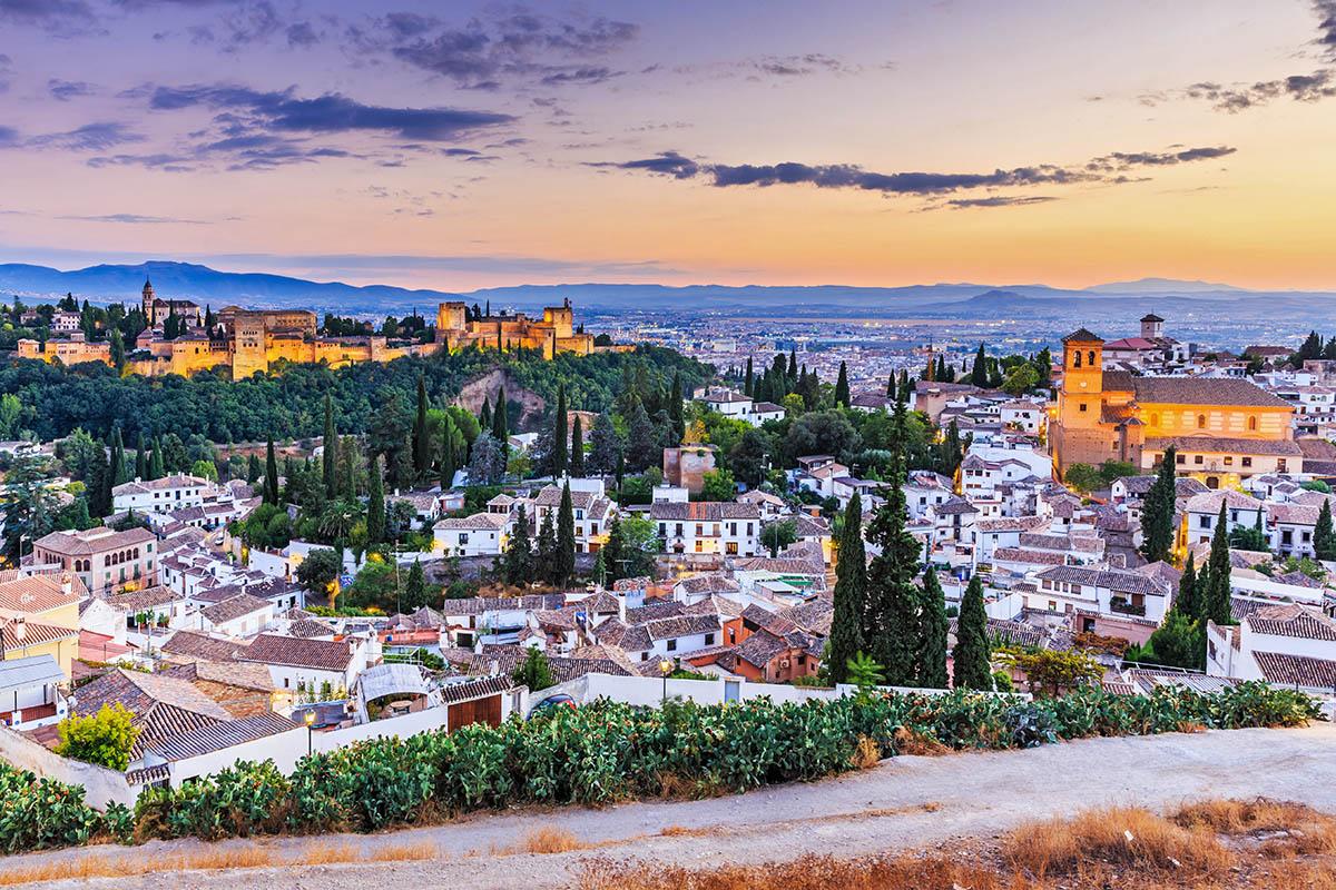 Kết quả hình ảnh cho Kinh Nghiệm Du Lịch Granada – Tây Ban Nha