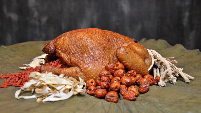 Món gà ăn xin thơm ngon và hấp dẫn