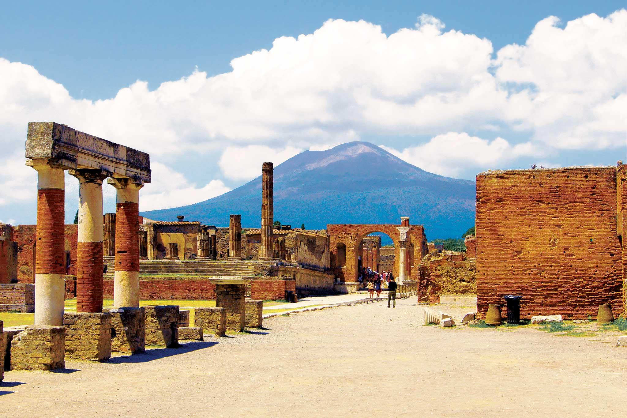 Khám phá thành phố cổ Pompeii