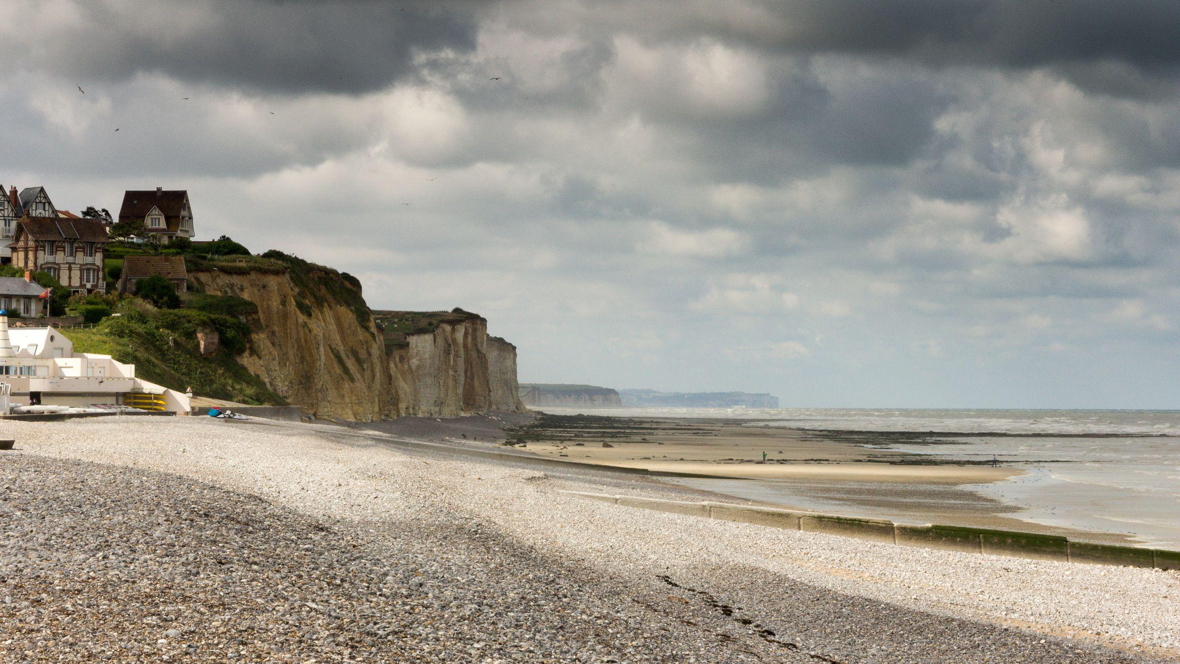 Bãi biển Urville – Nacqueville , Normandy