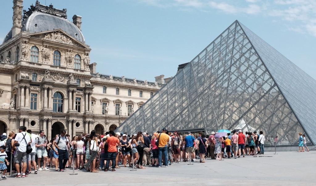 kinh nghiệm tham quan bảo tàng Louvre