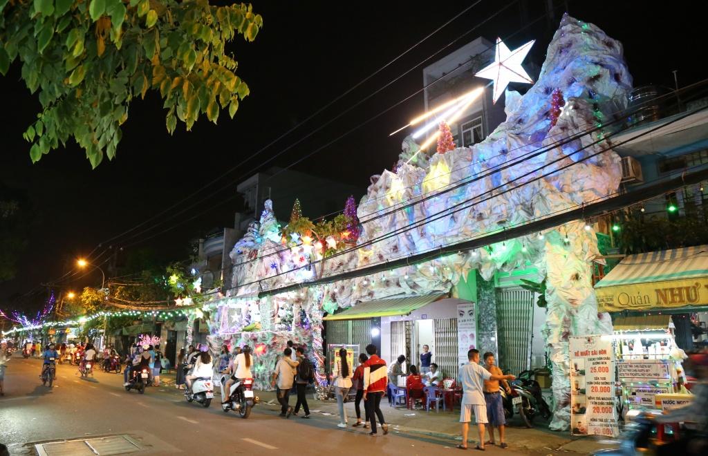địa điểm đón giáng sinh nổi tiếng tại Sài Gòn