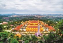 Kinh nghiệm du lịch chùa Ba Vàng